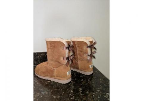 SOLD!!!! UGG Bailey Bow II Boot Size 9