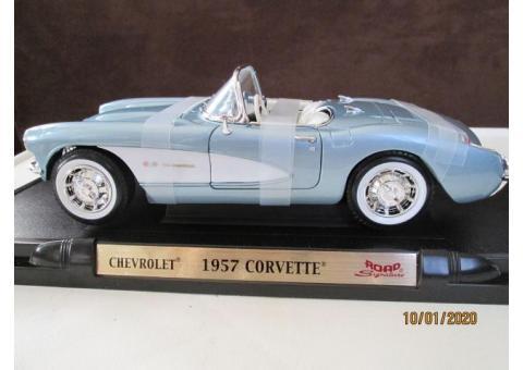 Die cast metal 1957 Chevrolet Corvette