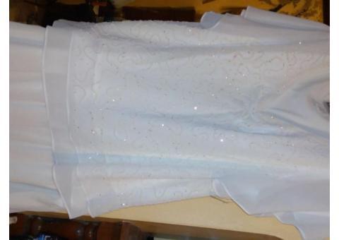 Women;s skirt and beaded top